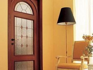 byudzhetnoe obnovlenie mezhkomnatnoj dveri