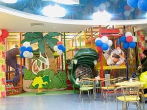 preimushestva detskih igrovih labirintov