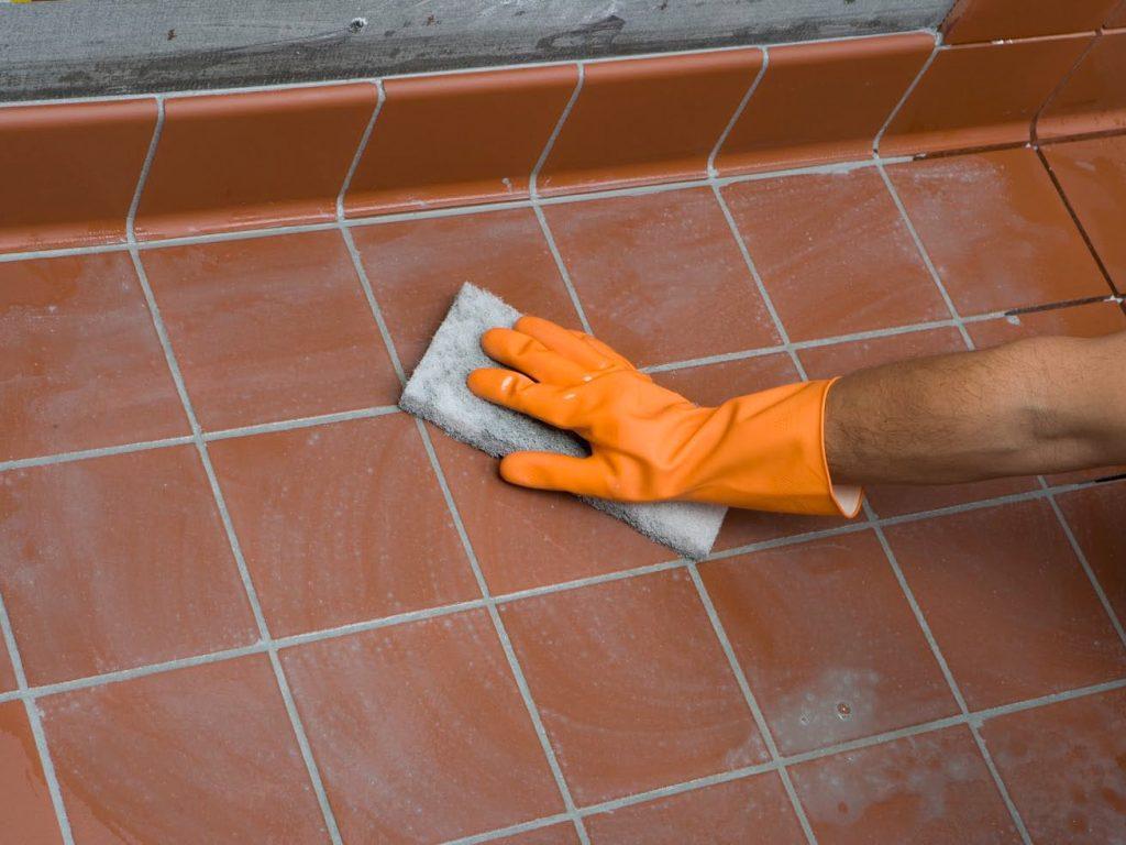 Уход за плиткой из керамики