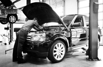 Land Rover Service 3